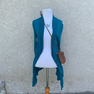 Zenna outfitters shrug